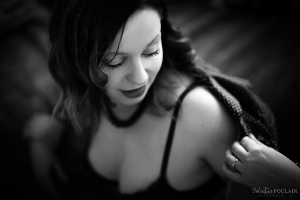 Boudoir noir et blanc chemise - Valentine Poulain