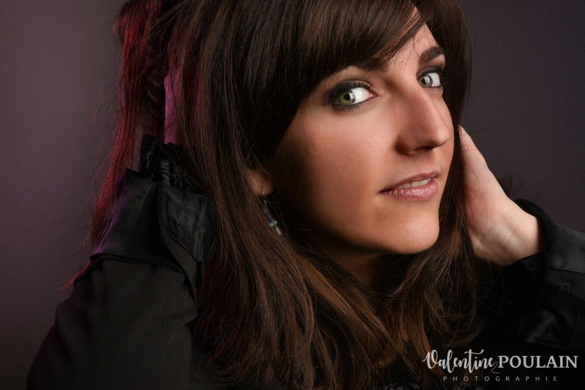 Shooting portrait studio Anais détail - Valentine Poulain