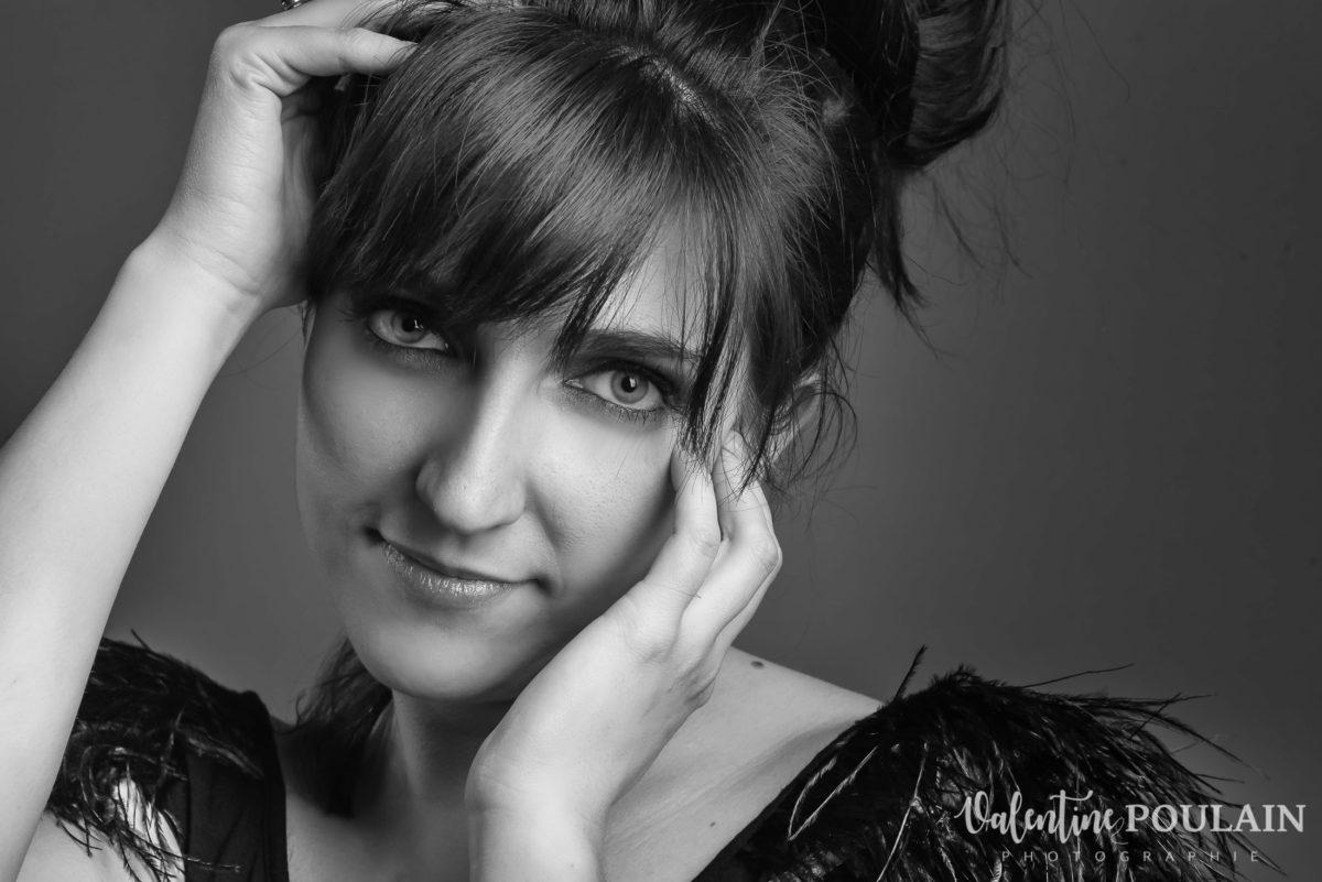 Shooting portrait studio Anais zoom - Valentine Poulain