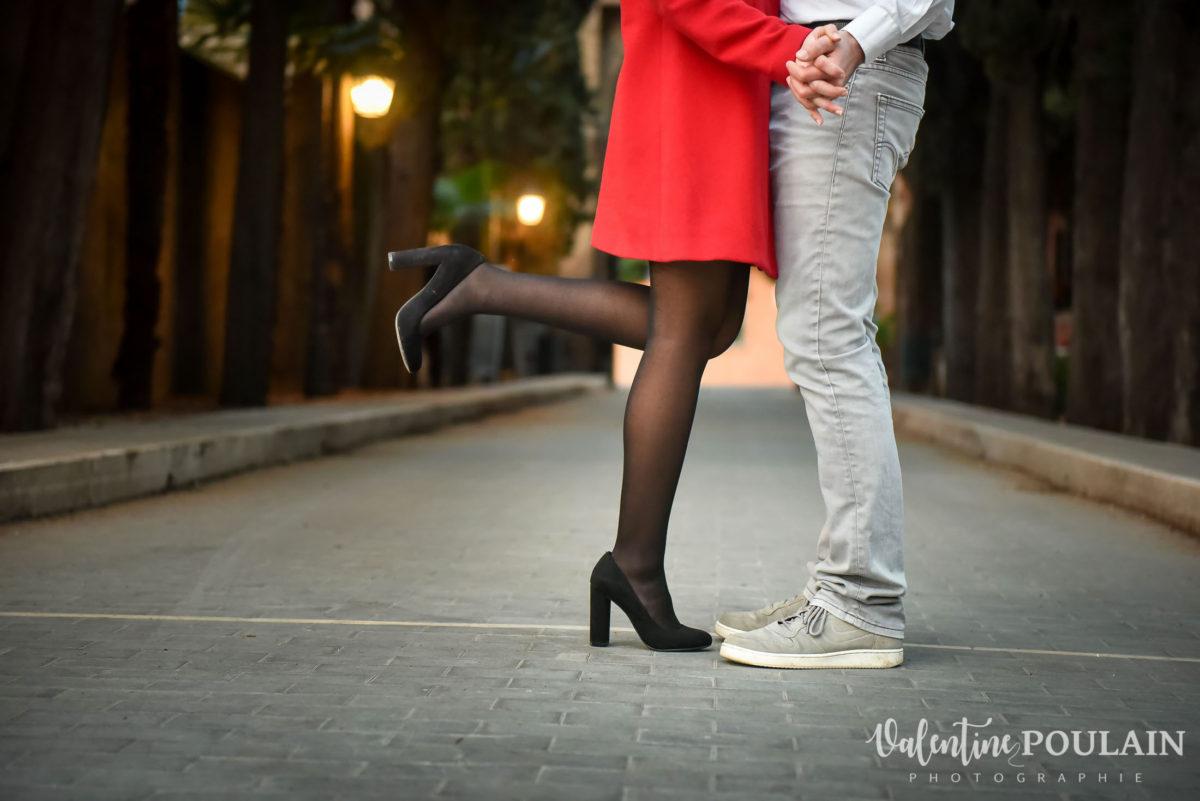 Shooting couple demande mariage Rome pieds