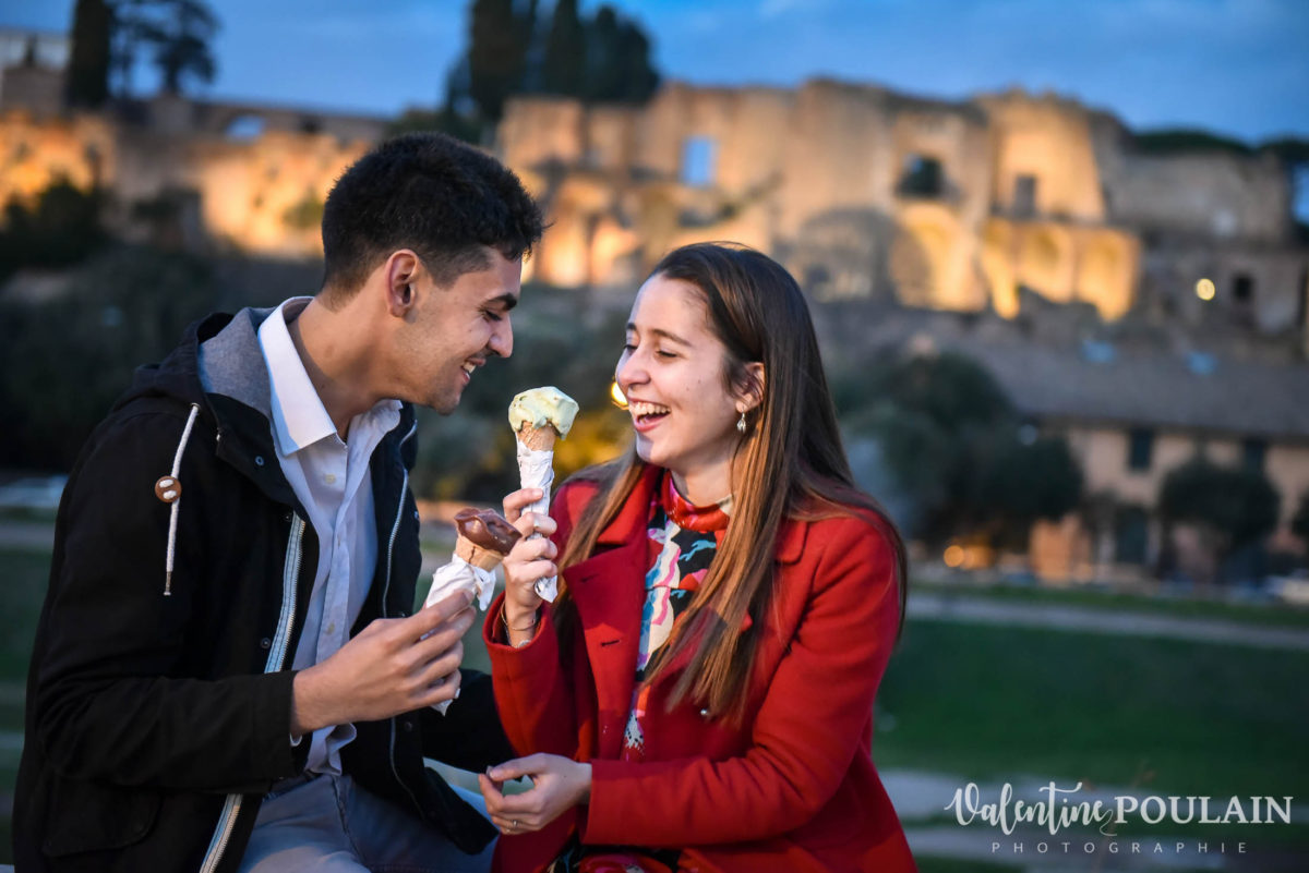 Shooting couple demande mariage Rome glace