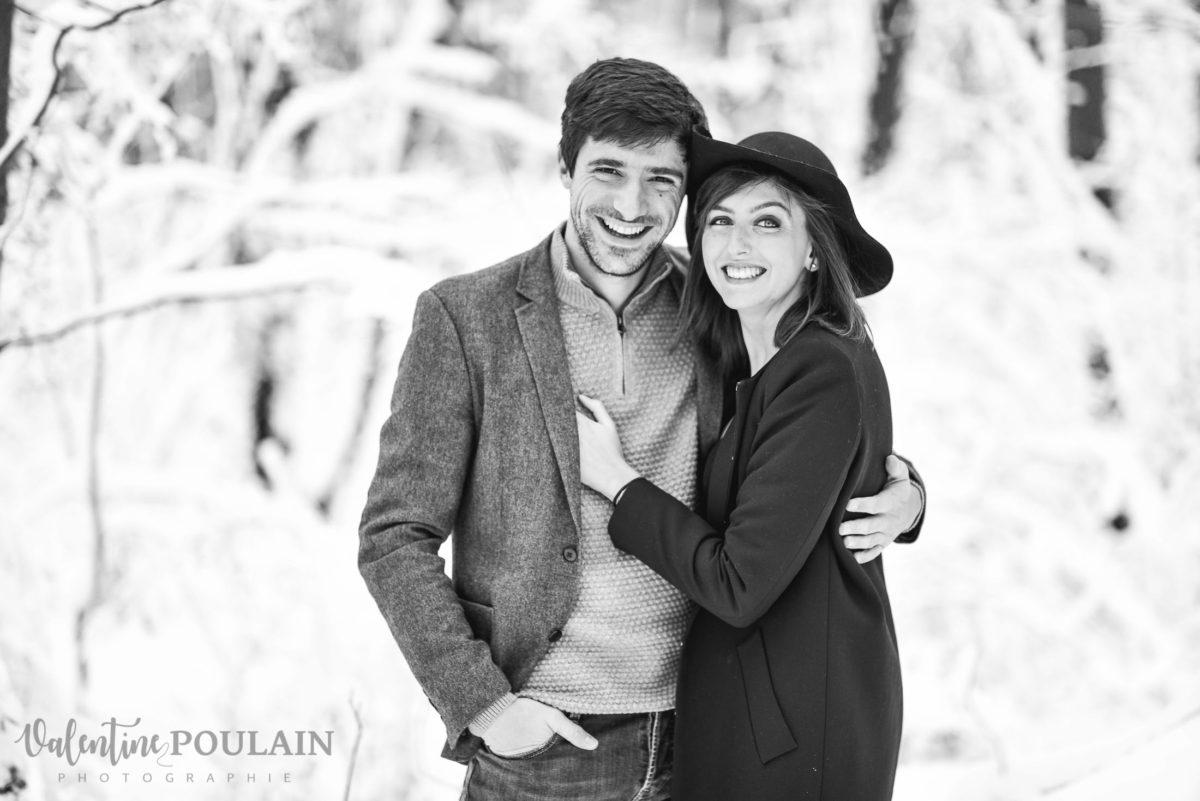 Shooting couple hivernal - Valentine Poulain sourire