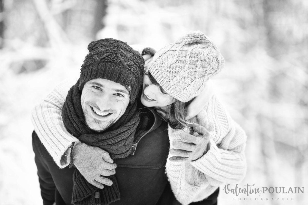Shooting couple hivernal - Valentine Poulain tendresse