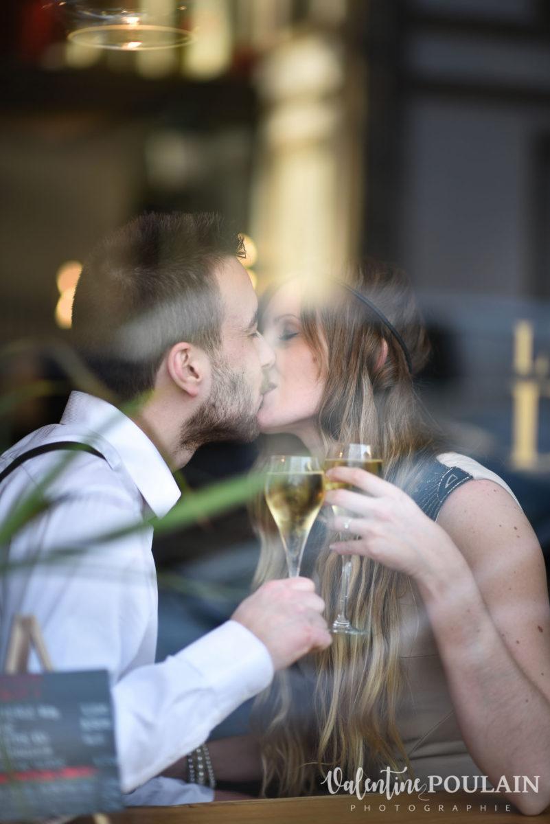Shooting engagement demande mariage bisous
