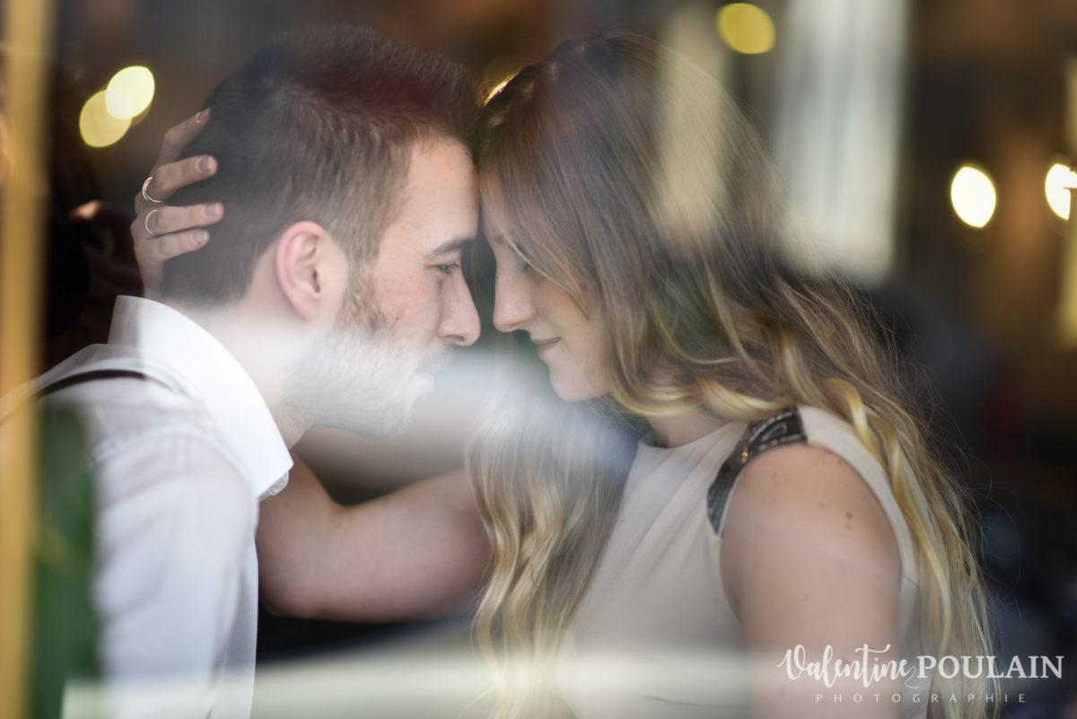Shooting engagement demande mariage coucher intense