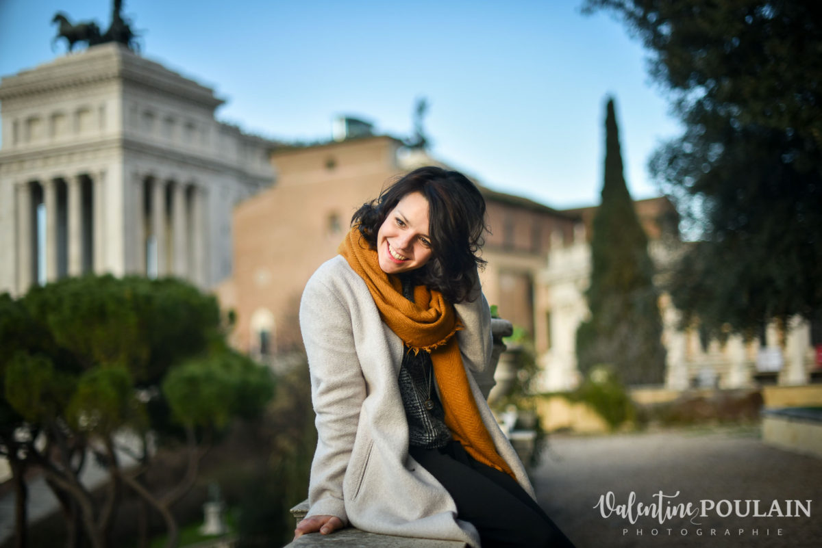 Shooting portrait Silvene Rome Créatrice rires