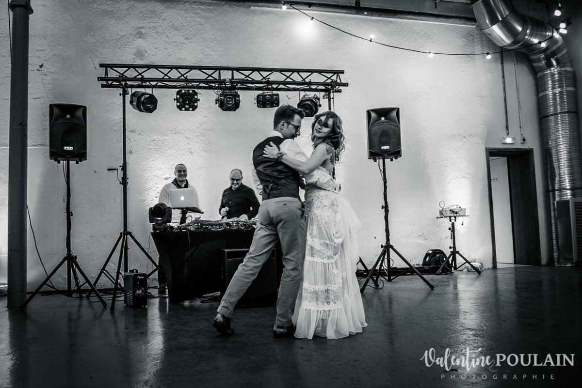 Mariage hippie funky - Valentine Poulain danse
