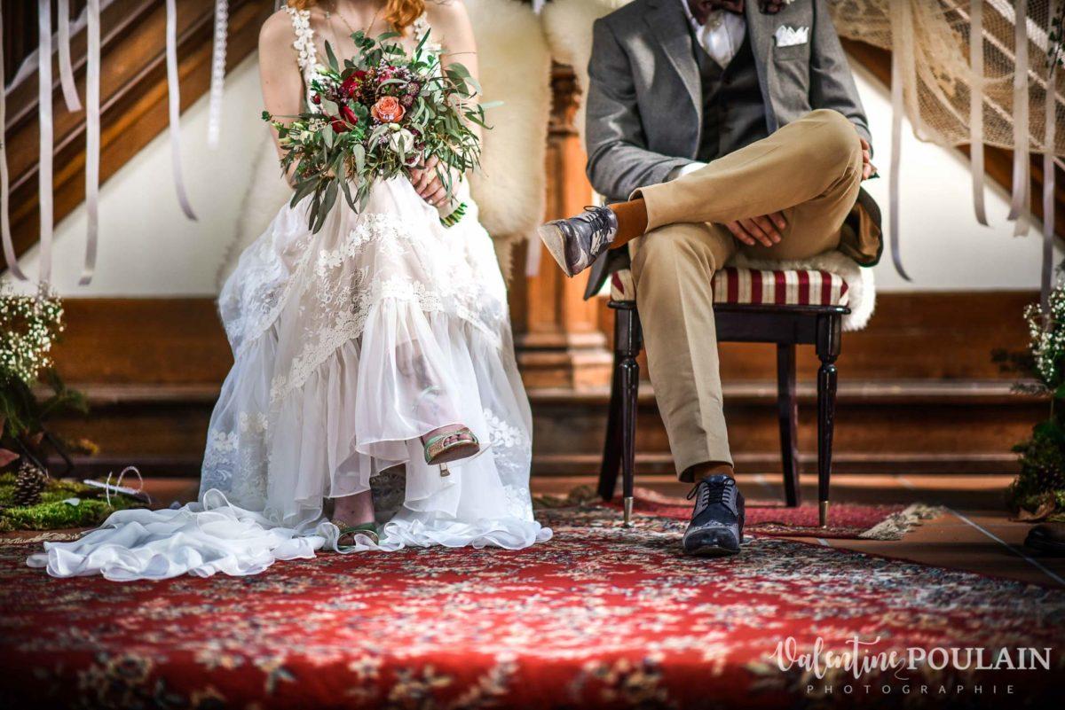 Mariage hippie funky - Valentine Poulain jambes