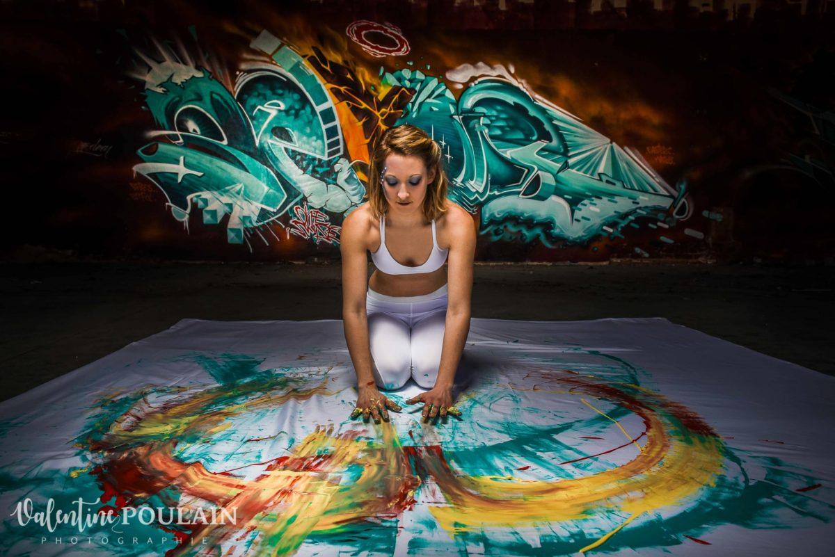 Shooting Yoga girl - Valentine Poulain peinture