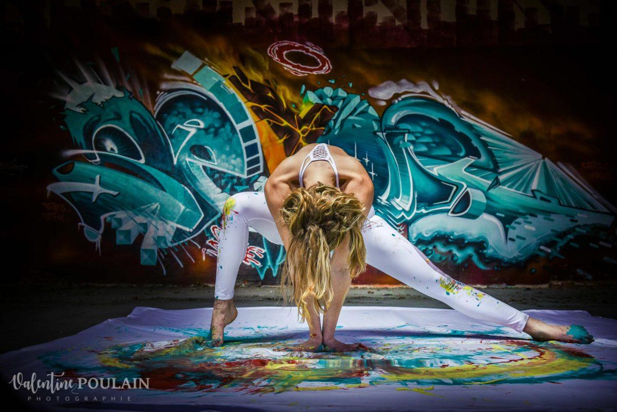 Shooting Yoga girl - Valentine Poulain position