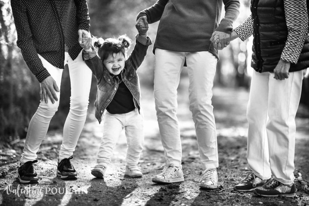 Shooting famille 4 générations femmes rire