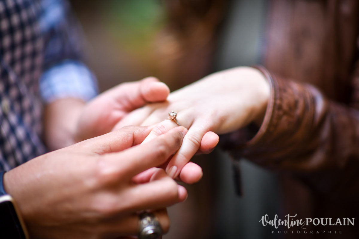 Demande mariage Colmar - Valentine Poulain mains