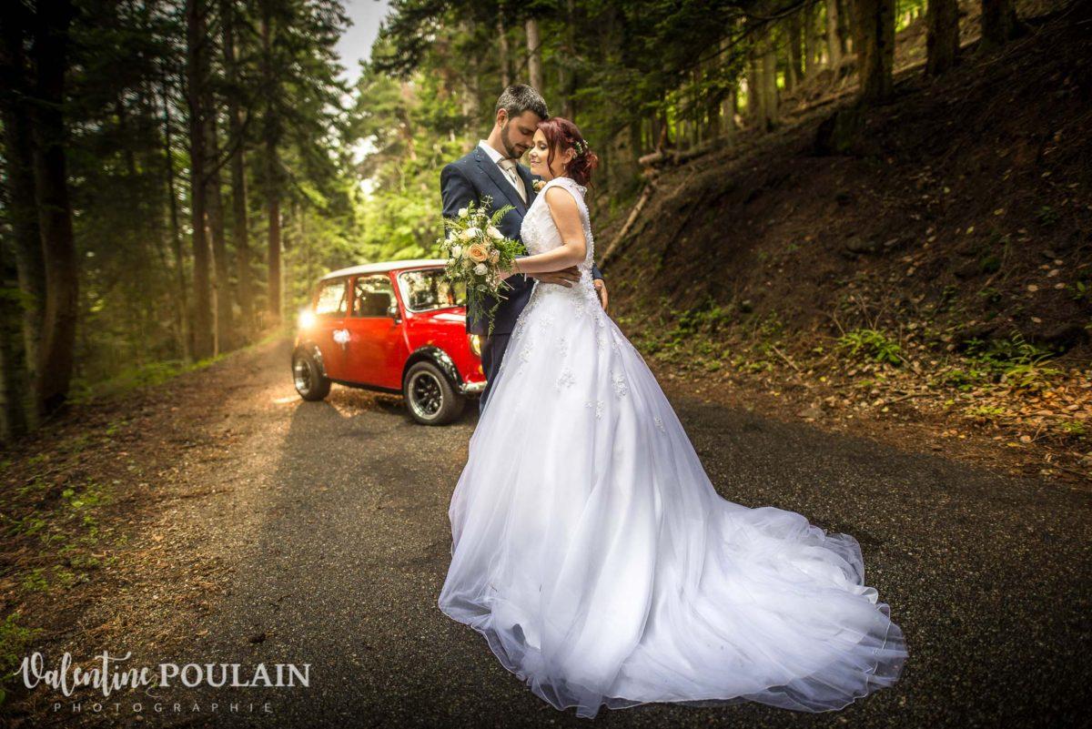 Mariage Mini rouge Fréland - Valentine Poulain grand angle