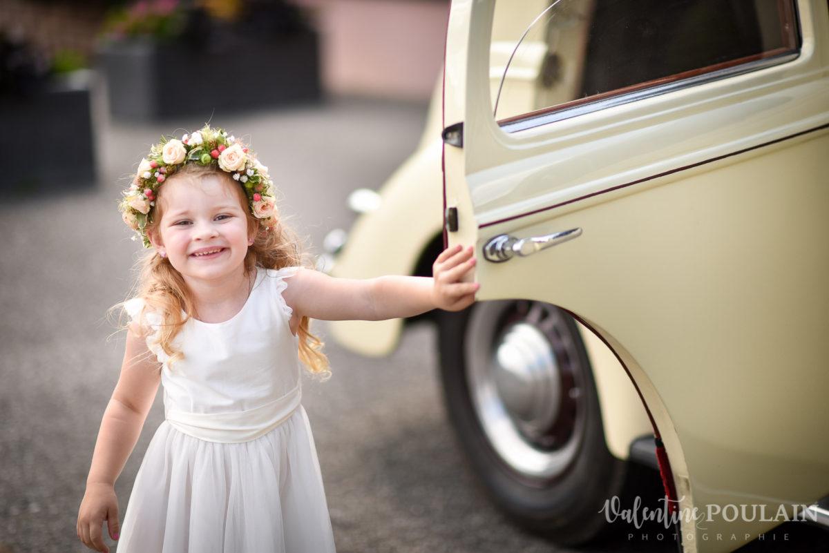 Mariage émotions famille enfant voiture - Valentine Poulain