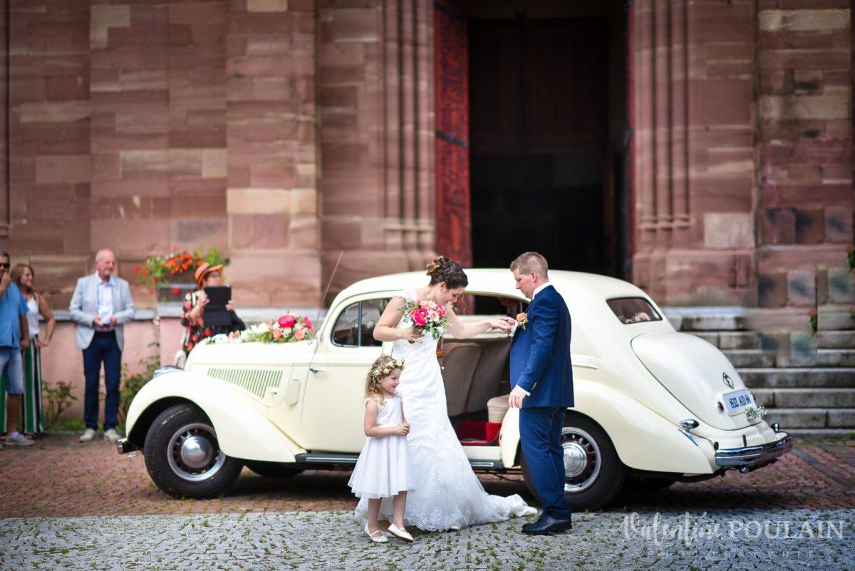 Mariage émotions famille voiture - Valentine Poulain