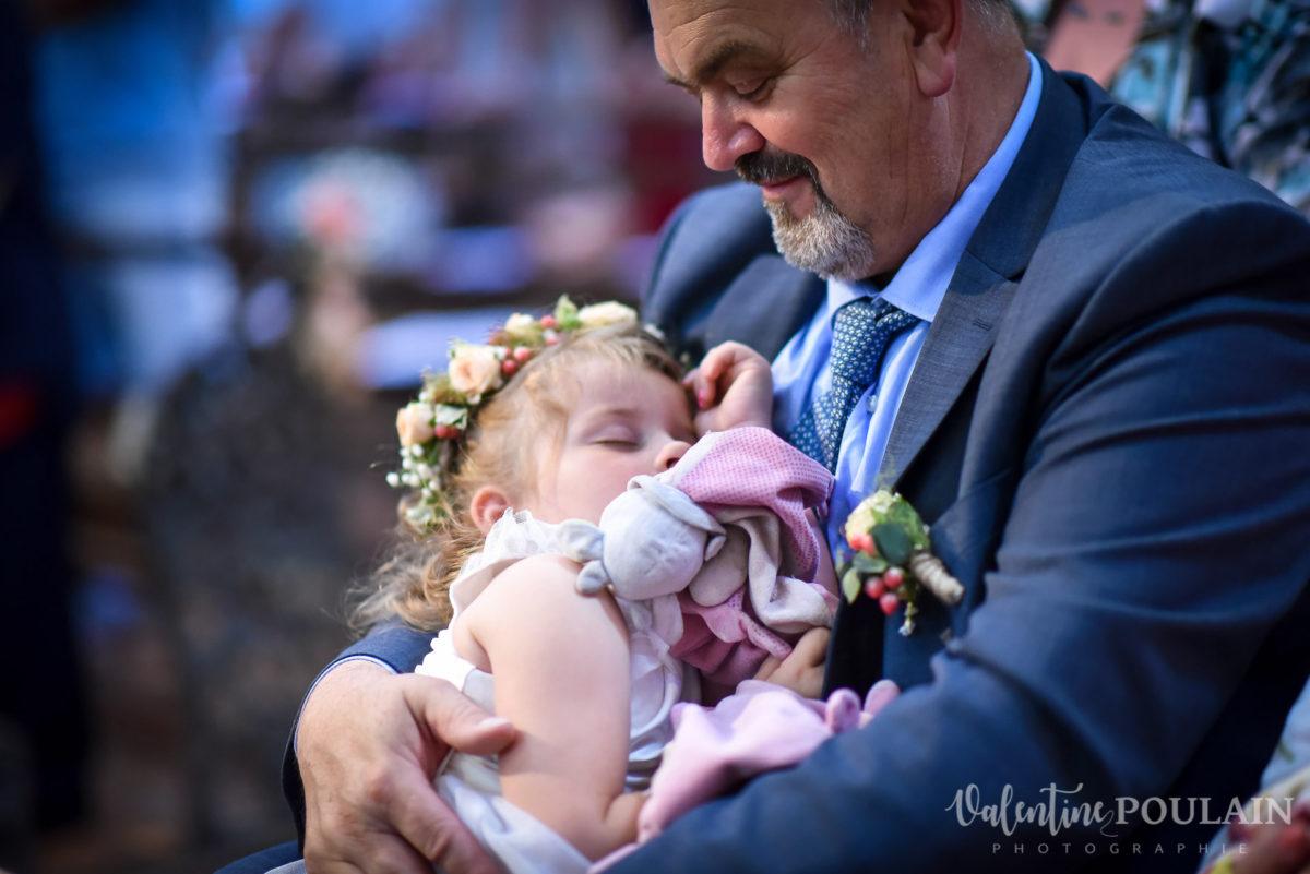 Mariage émotions famille Moosch - Valentine Poulain dormir