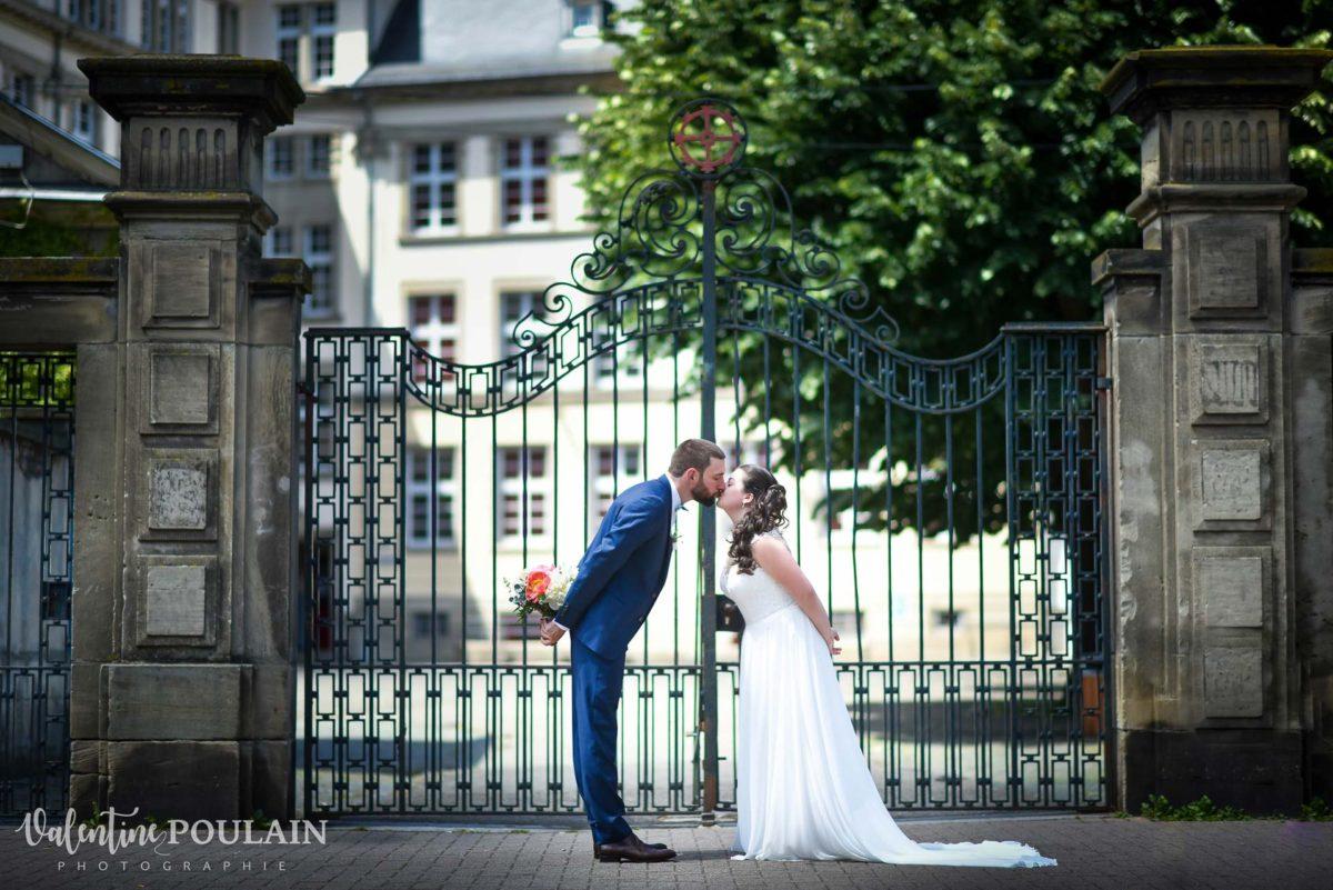 Mariage grange - Valentine Poulain bisous lycée