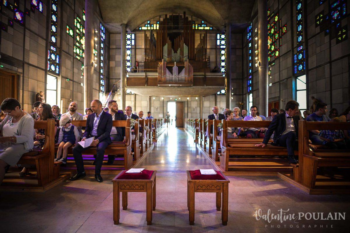 Mariage grange - Valentine Poulain église 3