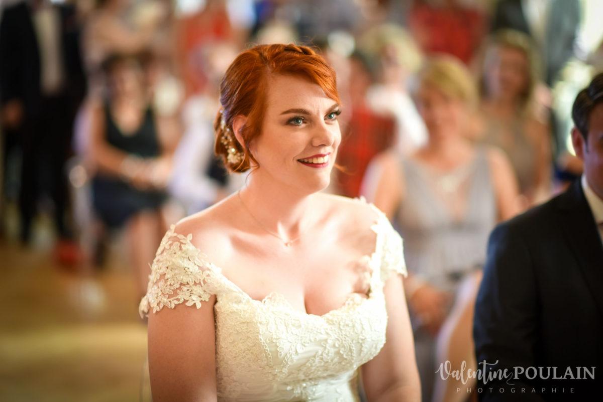 Mariage joyeux vert rose mariée - Valentine Poulain