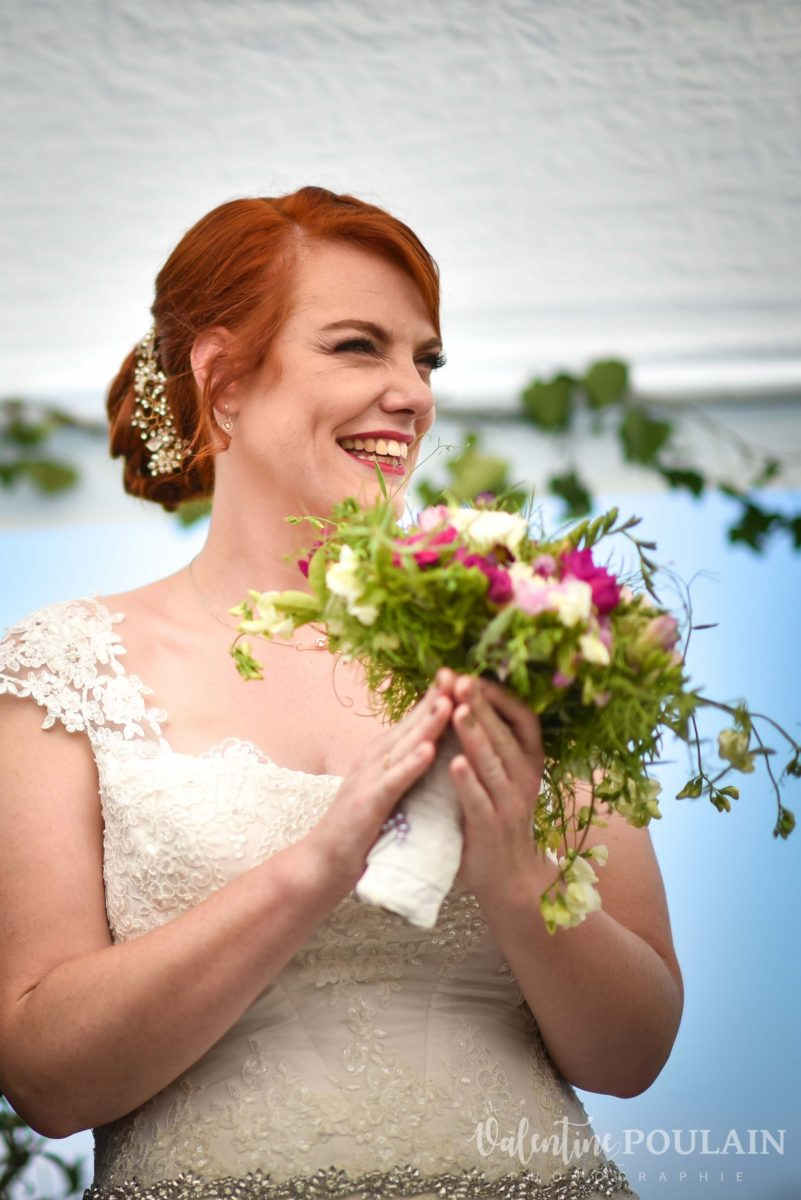 Mariage joyeux vert rose applaudit - Valentine Poulain