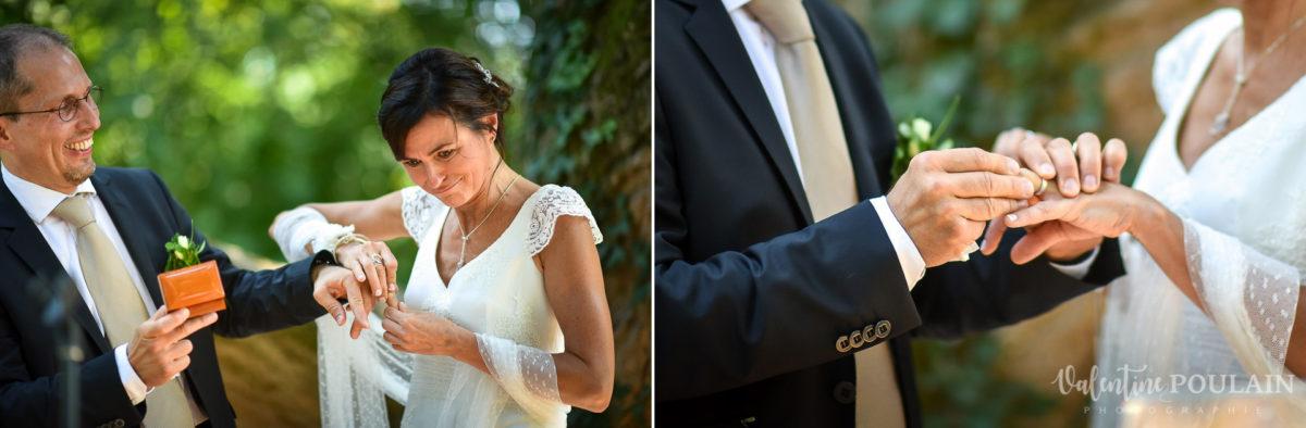 Mariage musée papier peint - Valentine Poulain colombe cérémonie alliances