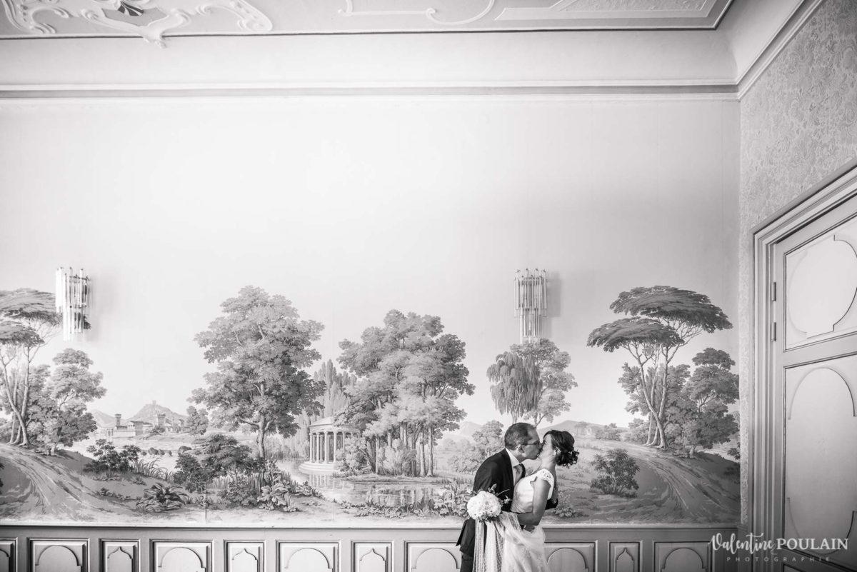 Mariage musée papier peint - Valentine Poulain fresque