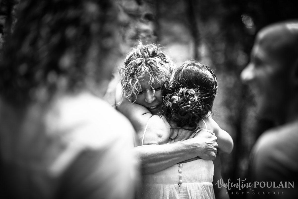 Mariage surprise - Valentine Poulain calin