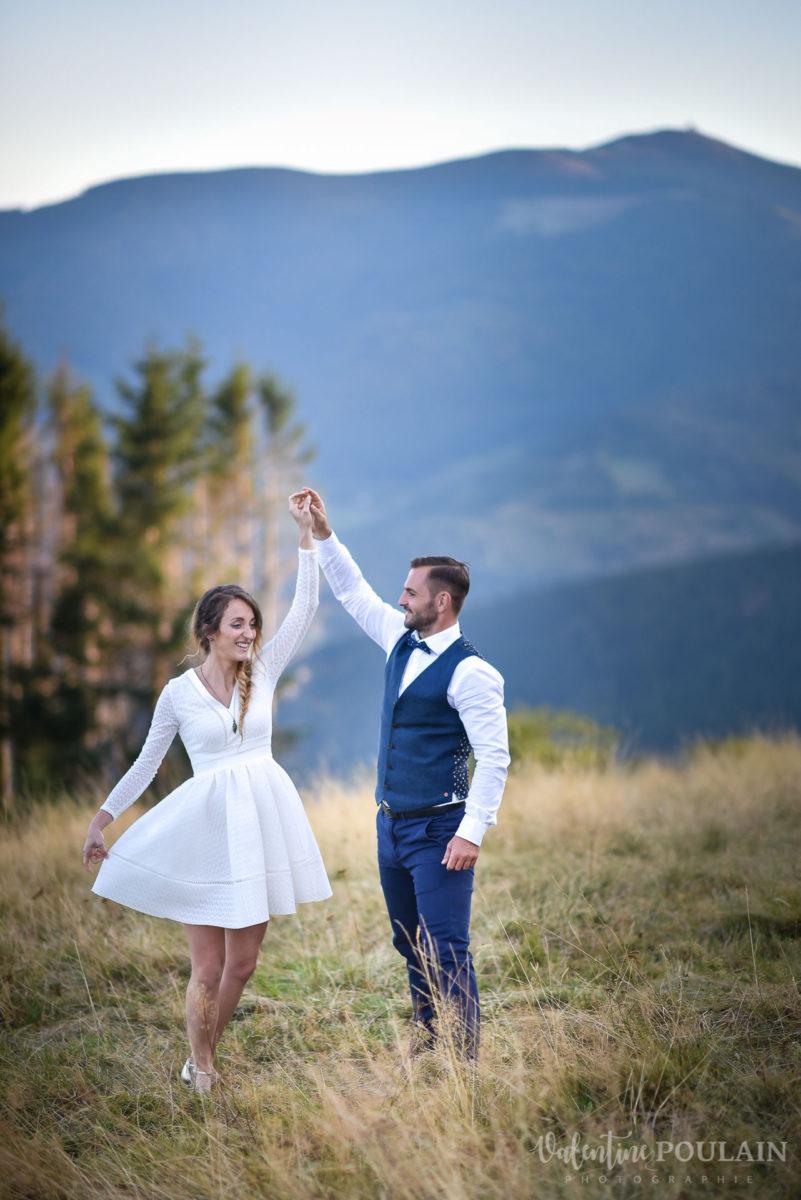 Mariage intimiste montagne - Valentine Poulain valse