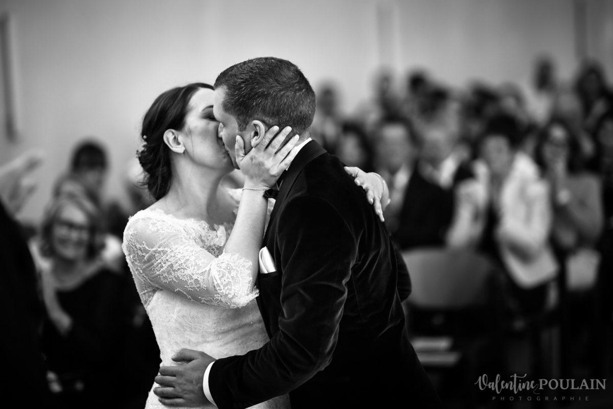 Mariage automne kientzheim baiser - Valentine Poulain