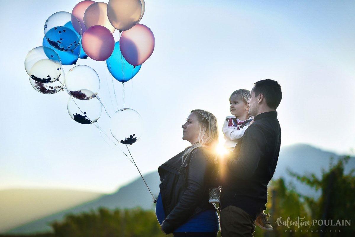 Shooting famille ballons - Valentine Poulain