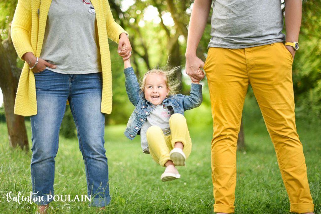 Shooting famille quel âge - Valentine Poulain jaune