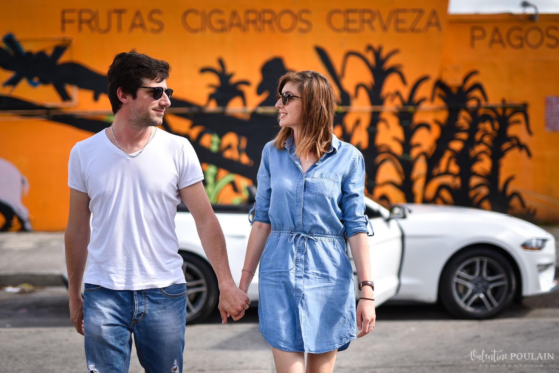 Couple Miami Wynwood - Valentine Poulain street