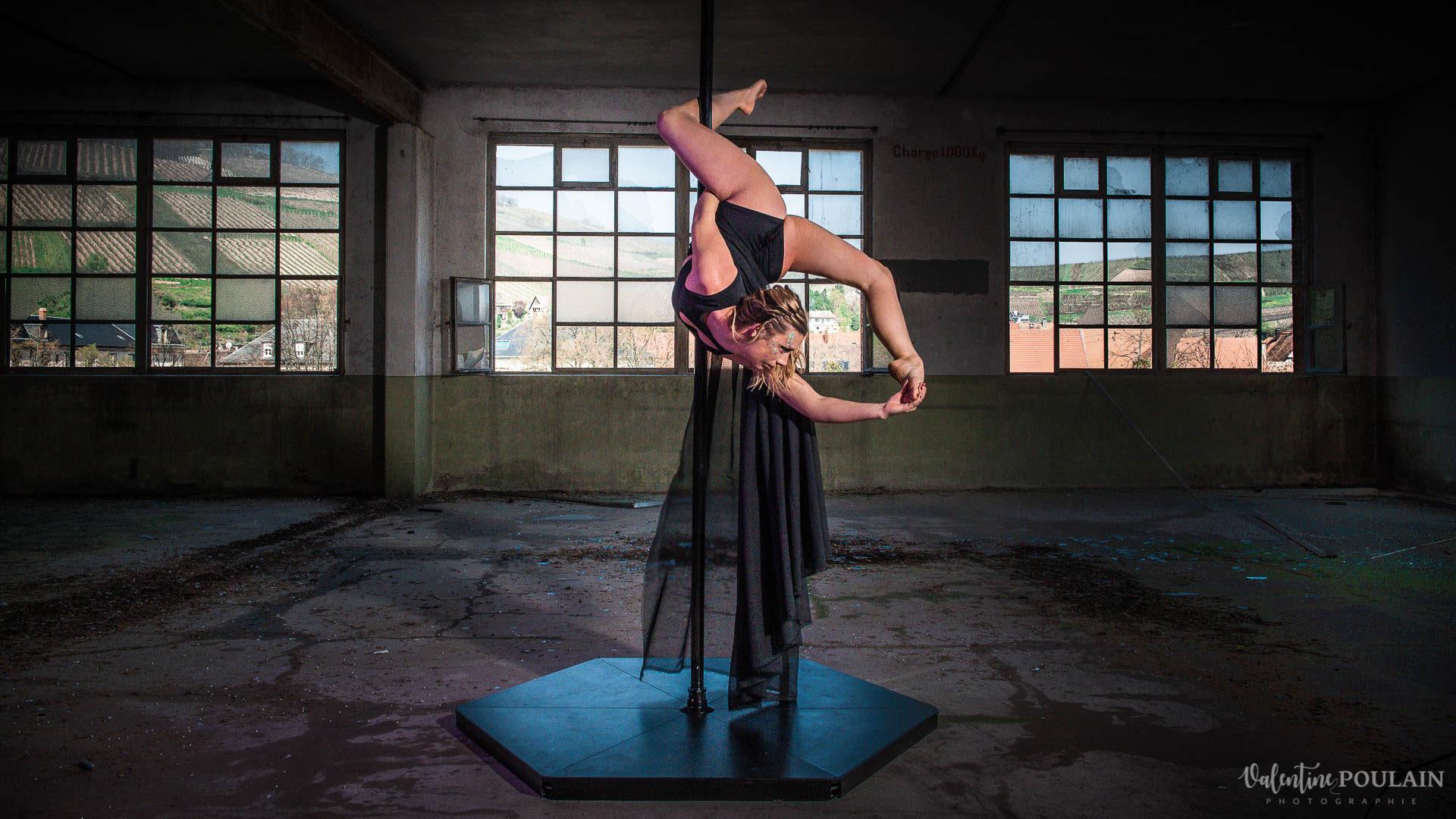 Shooting Pole Dance gymnastique - Valentine Poulain figure