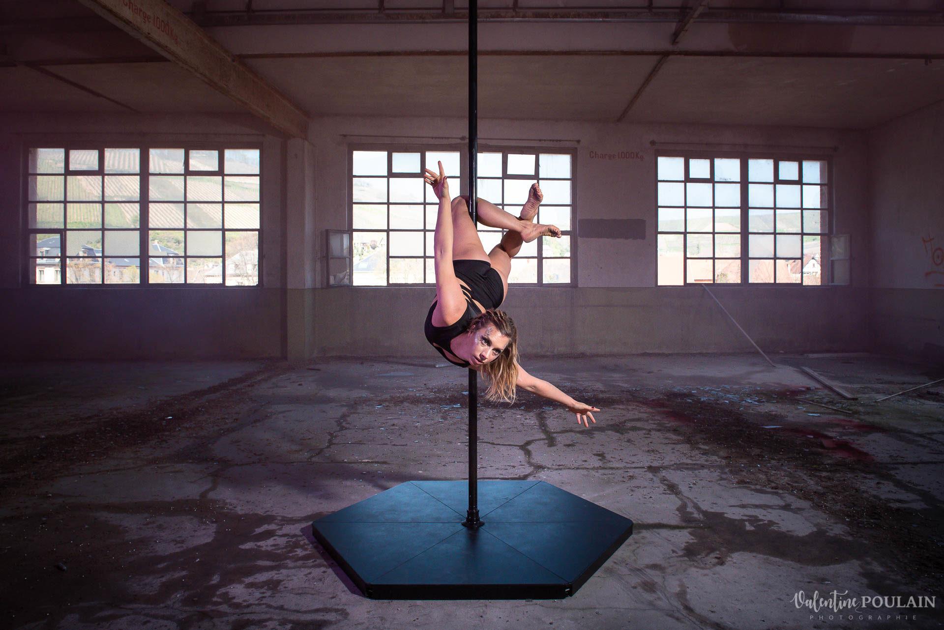Shooting Pole Dance gymnastique - Valentine Poulain pose