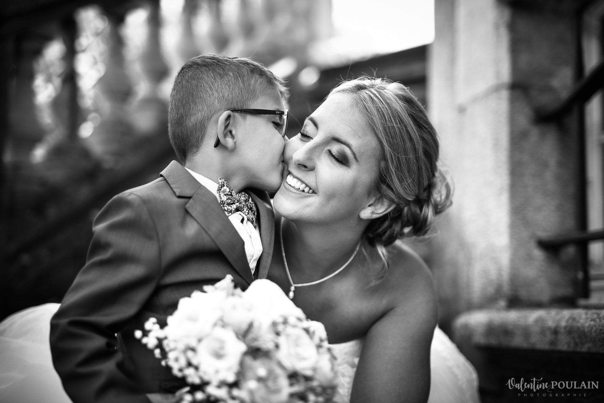Mariage fun Petit Wettolsheim - Valentine Poulain baiser