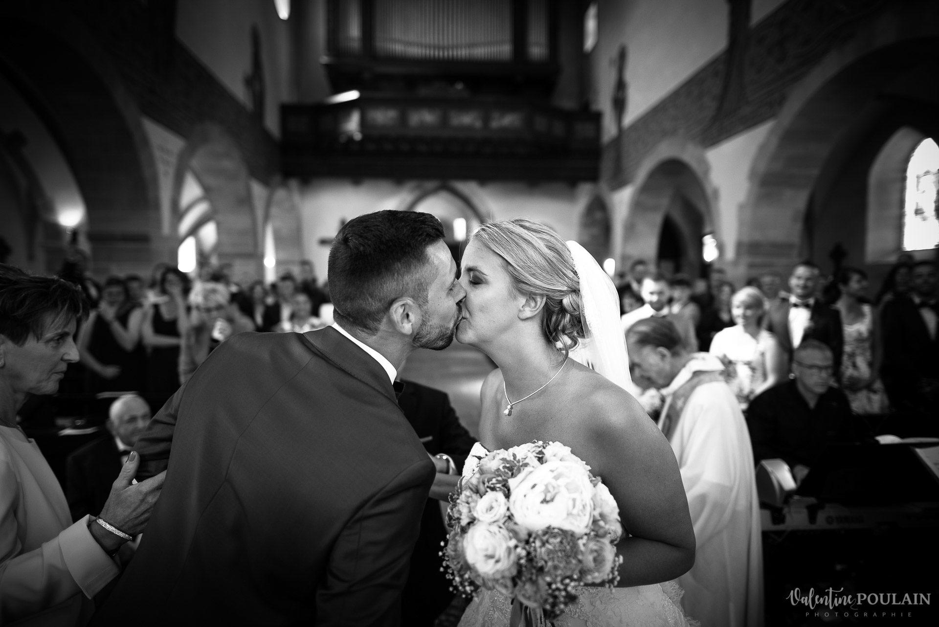 Mariage fun Petit Wettolsheim - Valentine Poulain noir et blanc