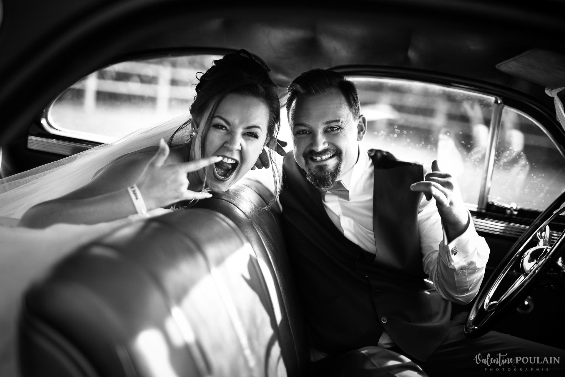 Mariage cool ferme weyerbach - Valentine Poulain voiture funky