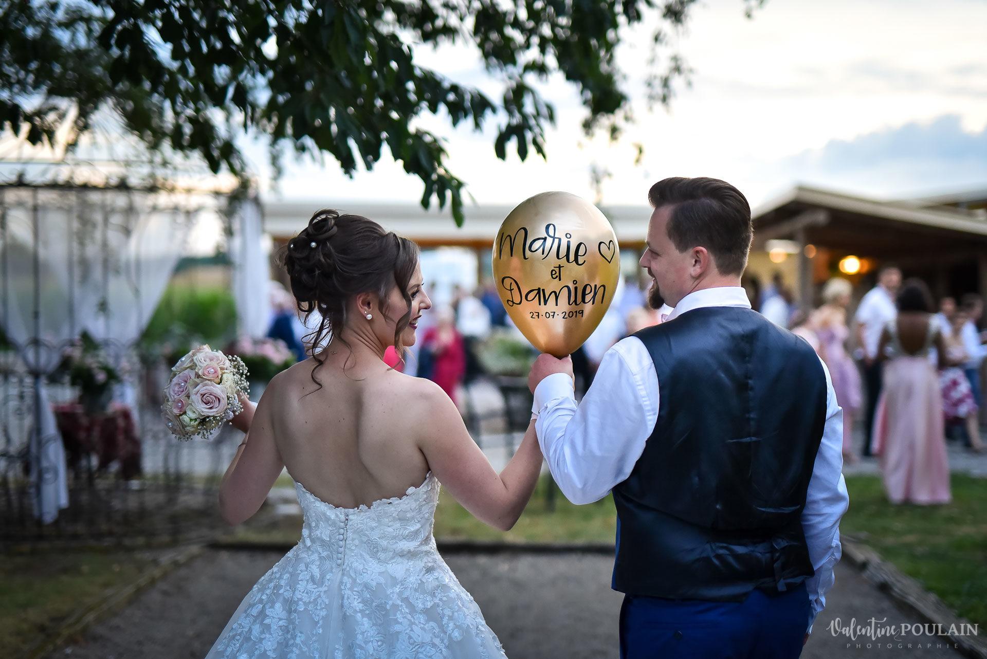 Mariage cool ferme weyerbach - Valentine Poulain ballon