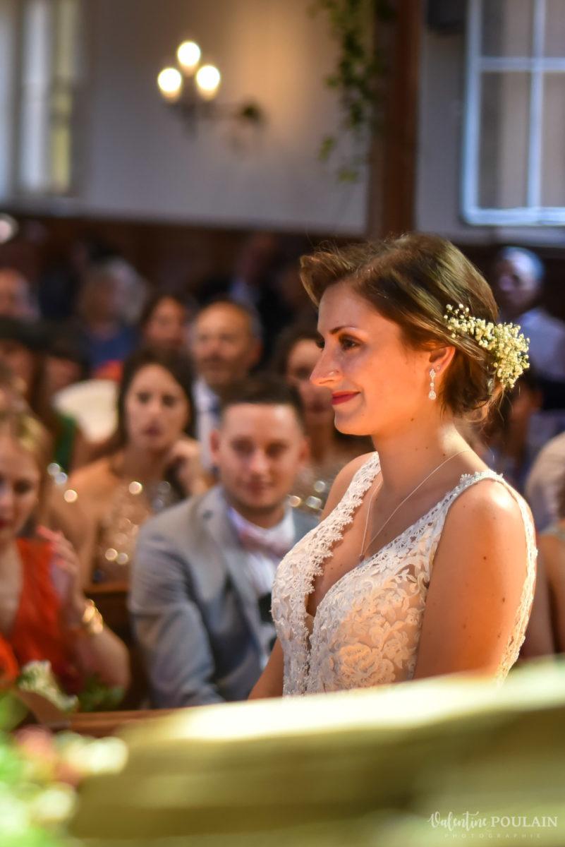 Mariage romantique Domaine Beaupré - Valentine Poulain sourire