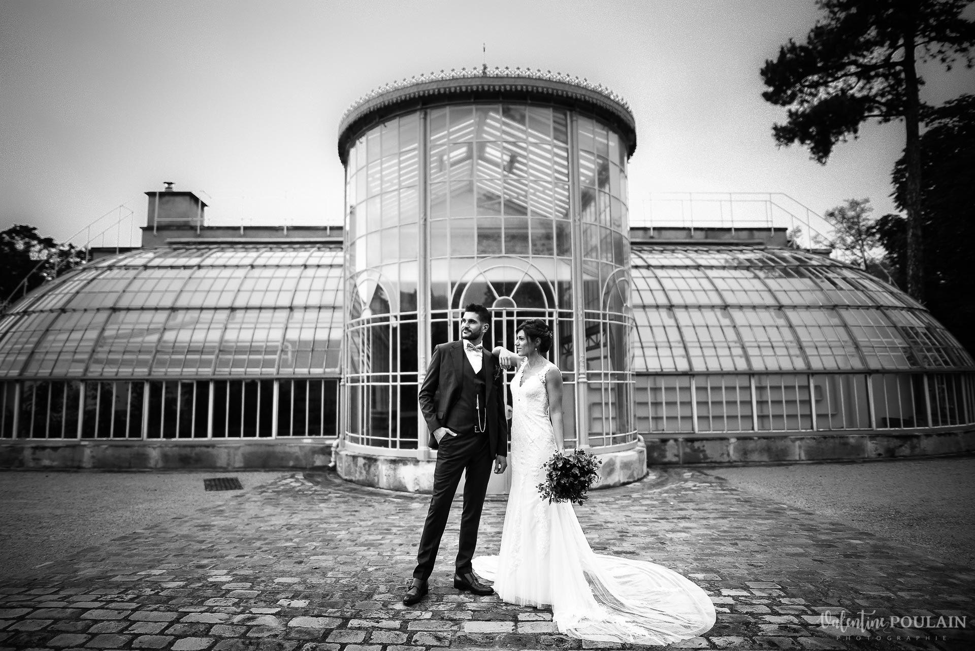 Mariage lieu insolite Paris -Valentine Poulain Domaine de Brunel Château du Prieuré serre