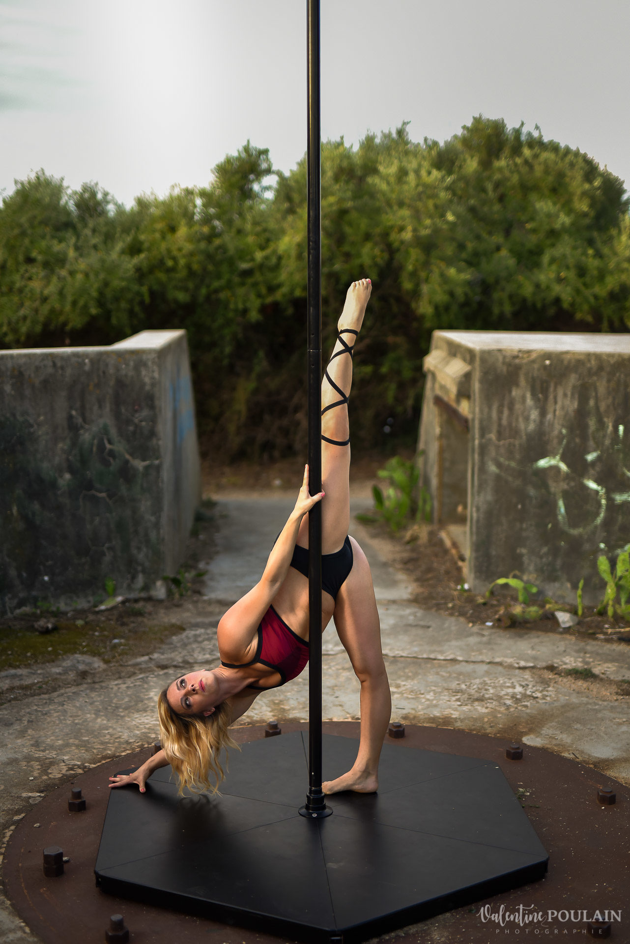 Shooting pole dance Corse Portrait - Valentine Poulain écart