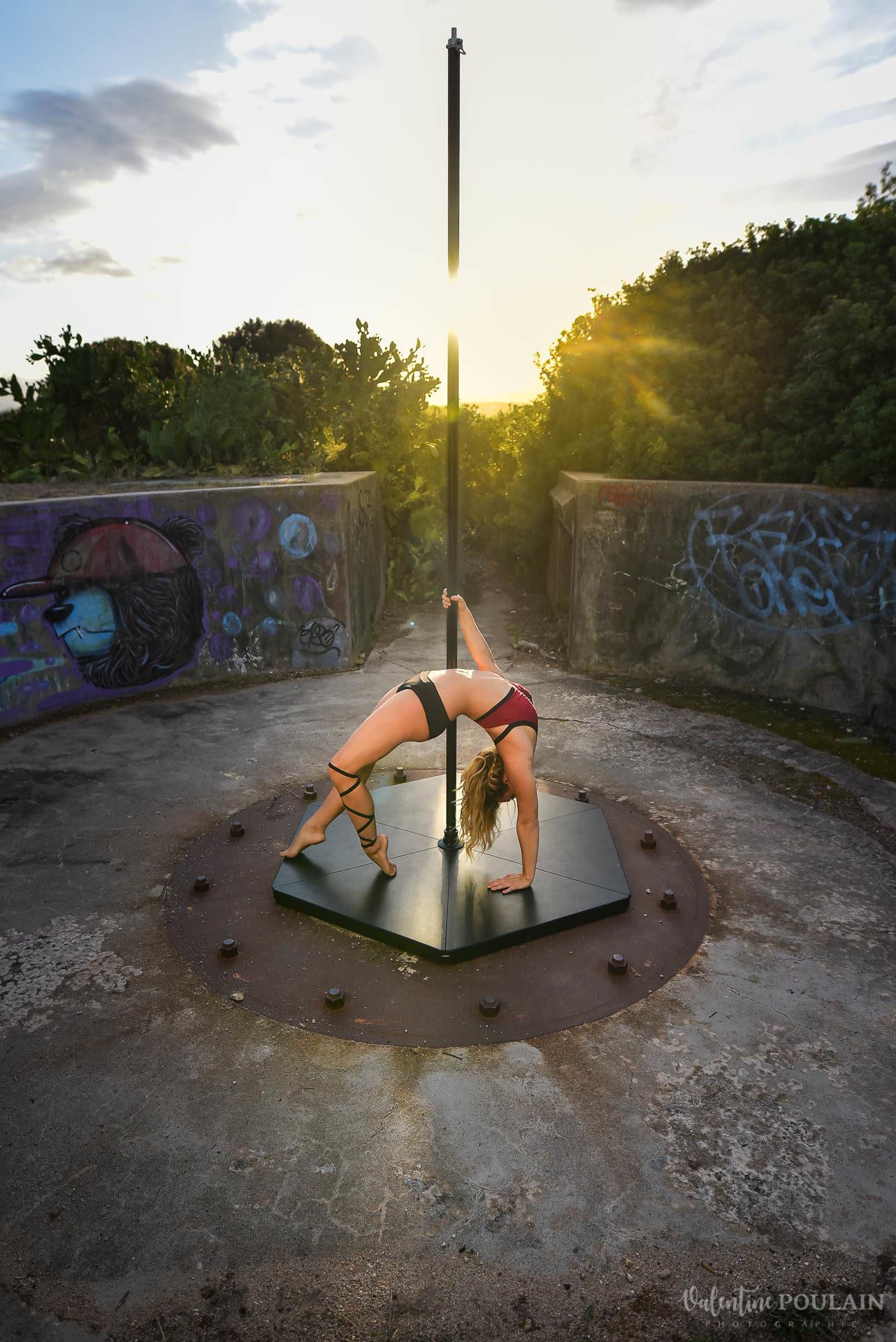 Shooting pole dance Corse Portrait - Valentine Poulain pont