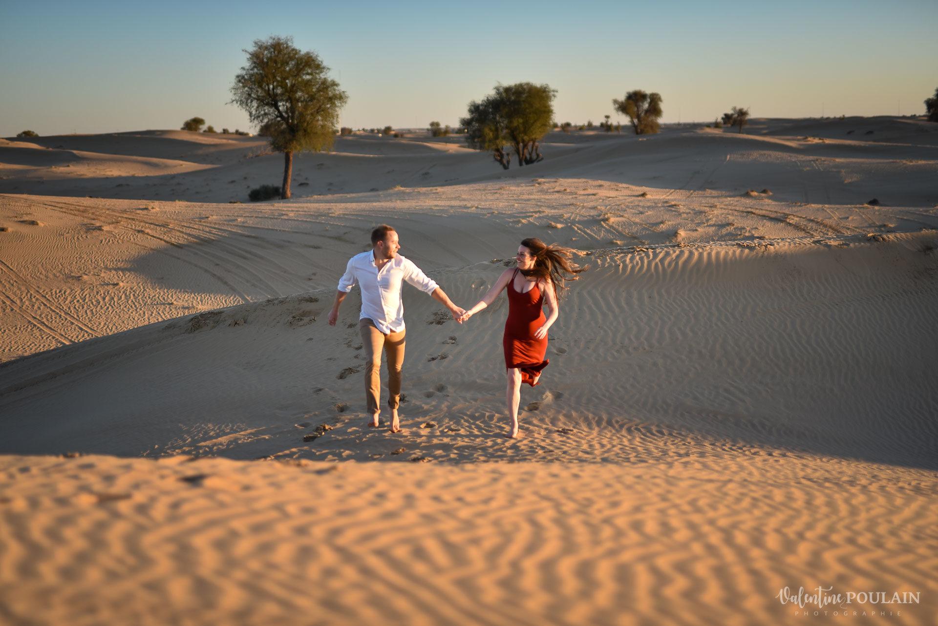 Demande en mariage Désert Dubaï - Valentine Poulain courir ensemble