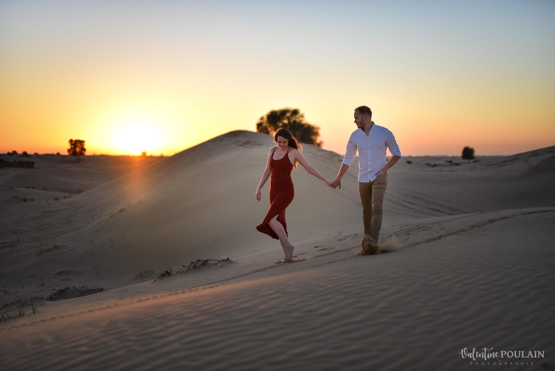 Demande en mariage Désert Dubaï - Valentine Poulain pas