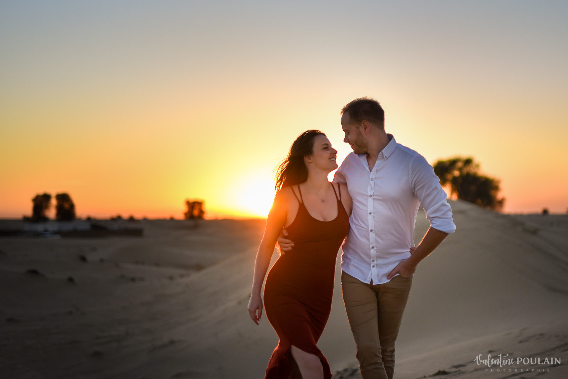 Dubai desert couple - valentine poulain