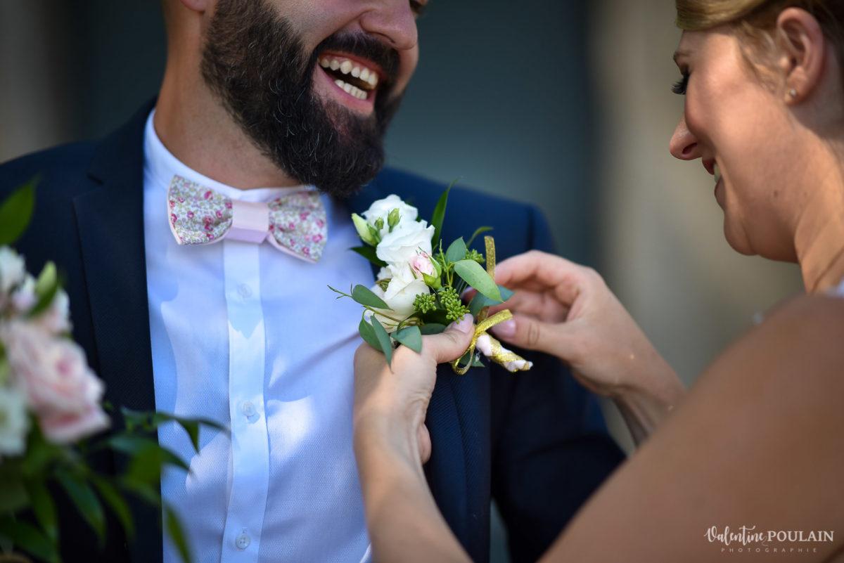 Mariage fun kermesse party - Valentine Poulain boutonnière