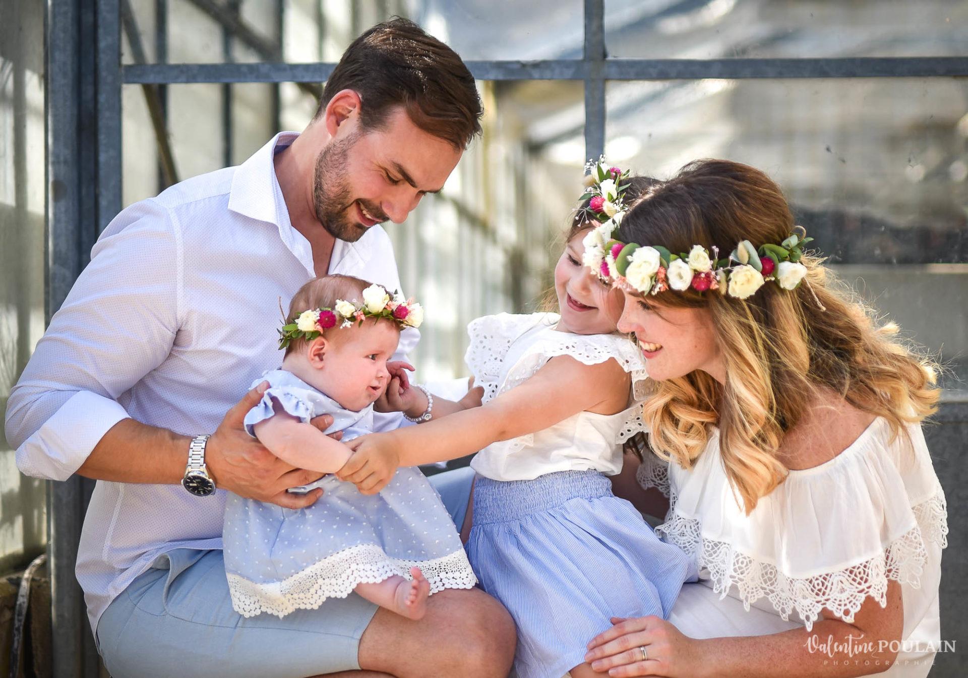Shooting famille soeurs serre - Valentine Poulain complices