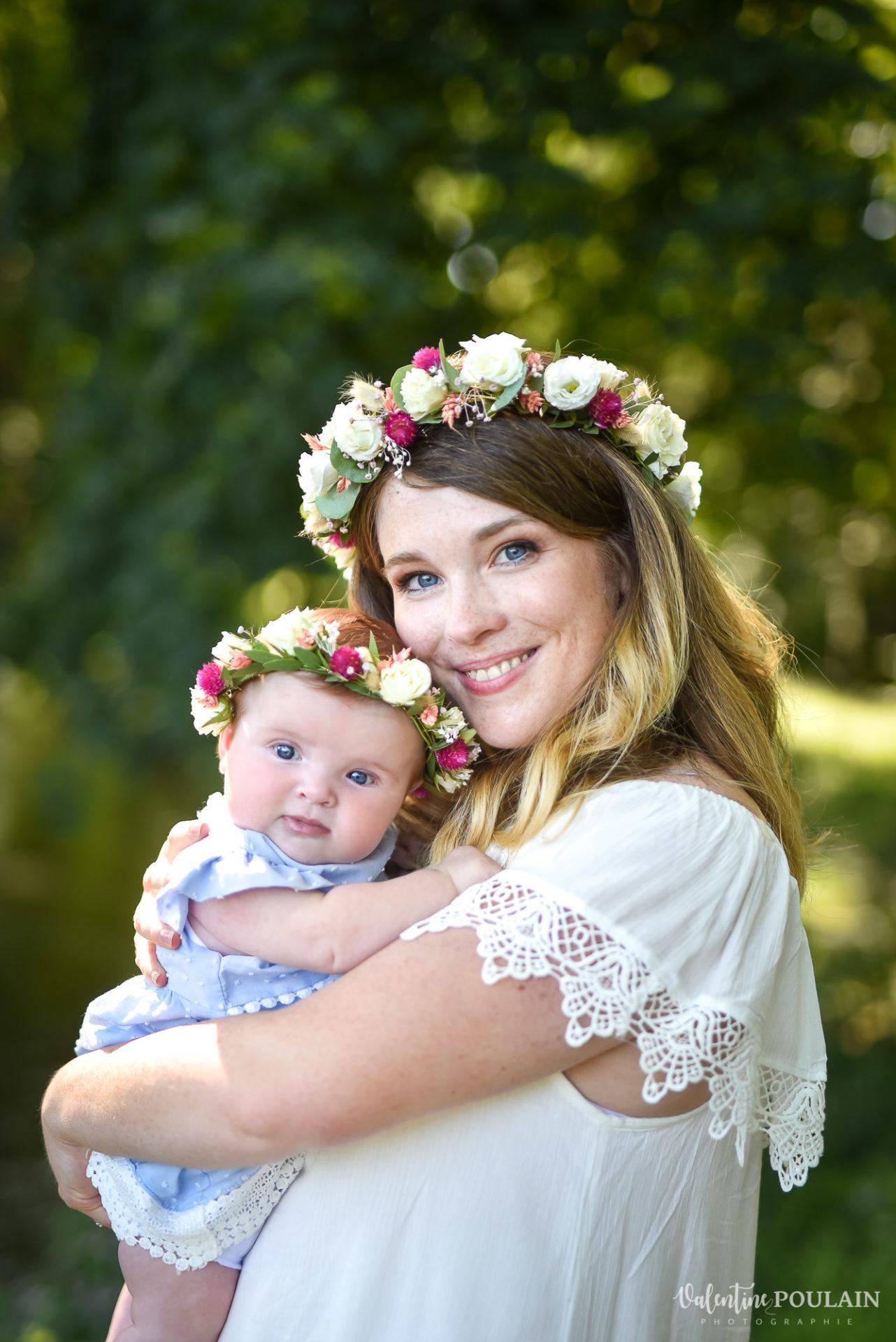 Shooting famille soeurs serre - Valentine Poulain mère et bébé