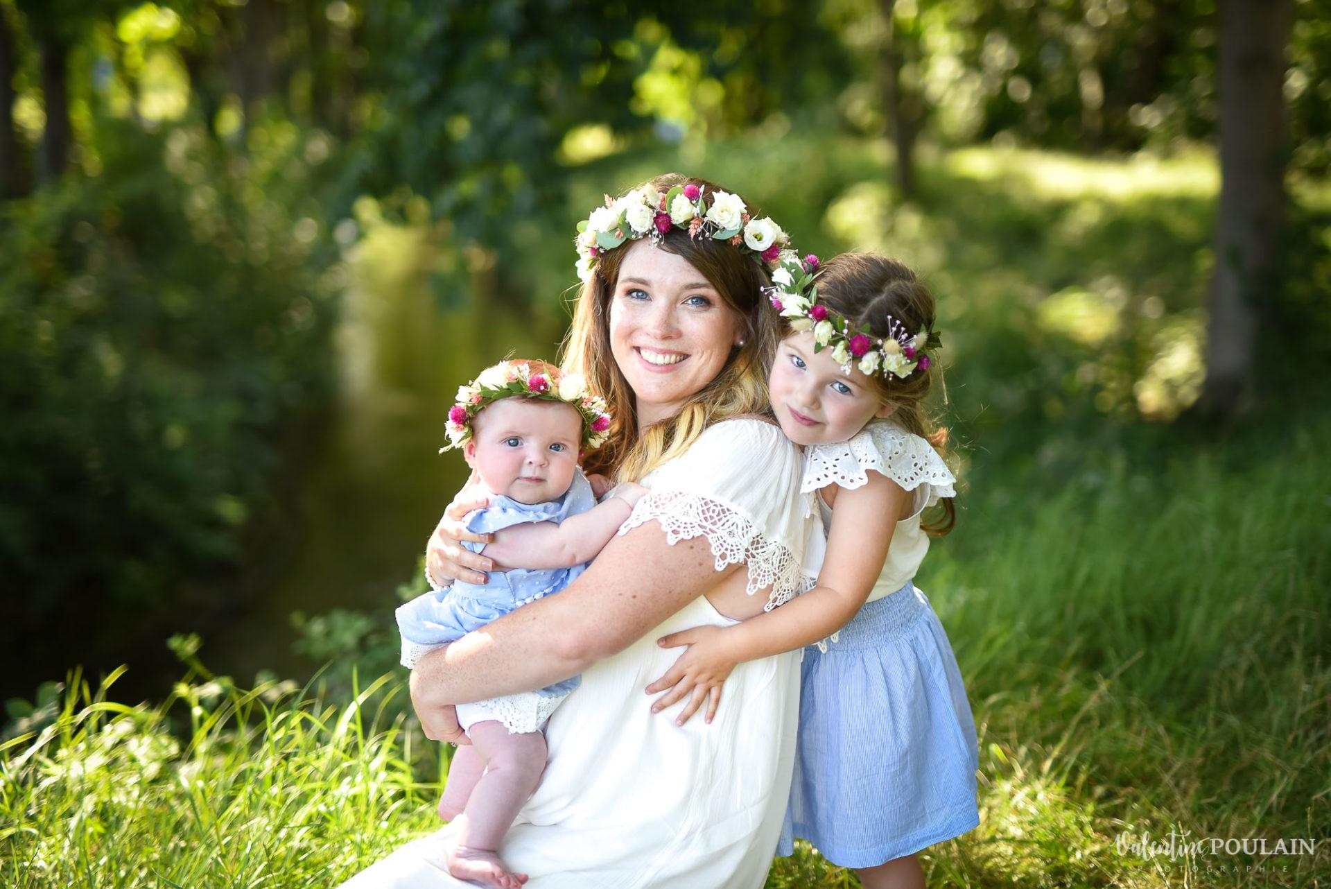Shooting famille soeurs serre - Valentine Poulain mère filles