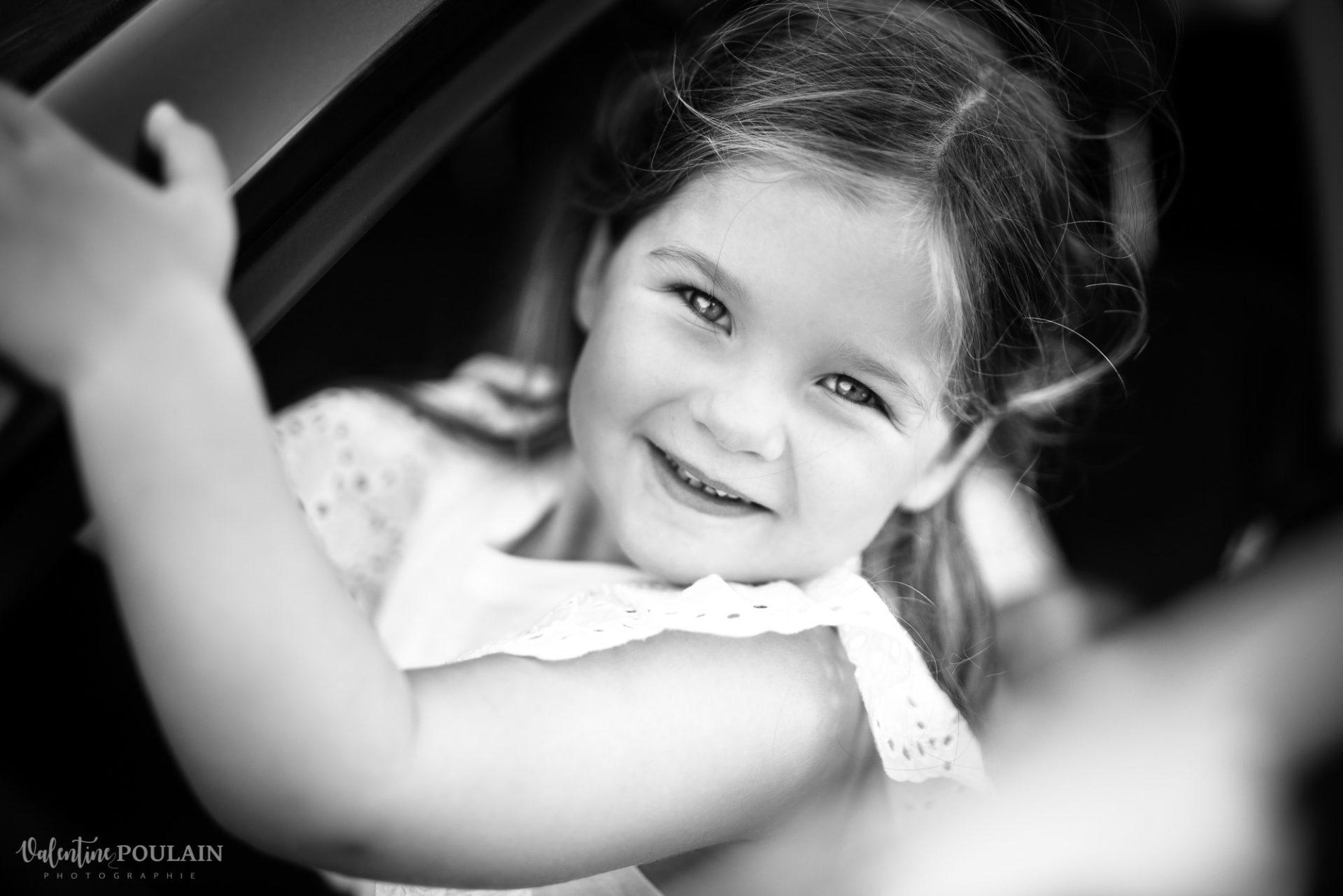 Shooting famille soeurs serre - Valentine Poulain n&b